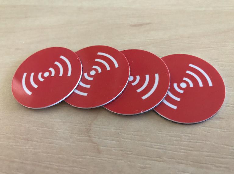 NFC tagg för inomhuspositionering